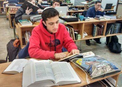 Jonathan Pedoeem in Yeshivat Birkat Moshe (002)
