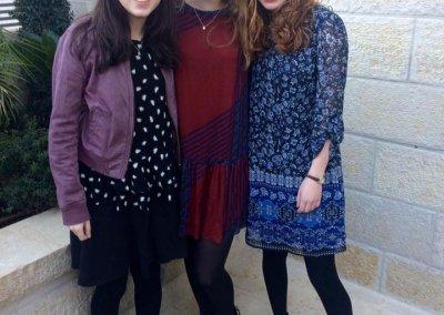 Yonina Keschner Adina Lerner and Stephanie Raphael_TVA shabbaton (002)