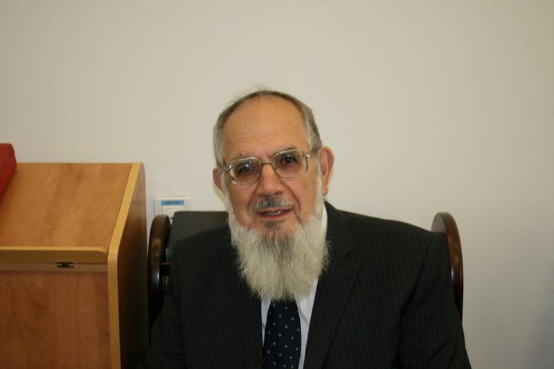 """Parshat Mishpatim: """"The Character of Moshe"""" by Rabbi Nachum Rabinovitz"""